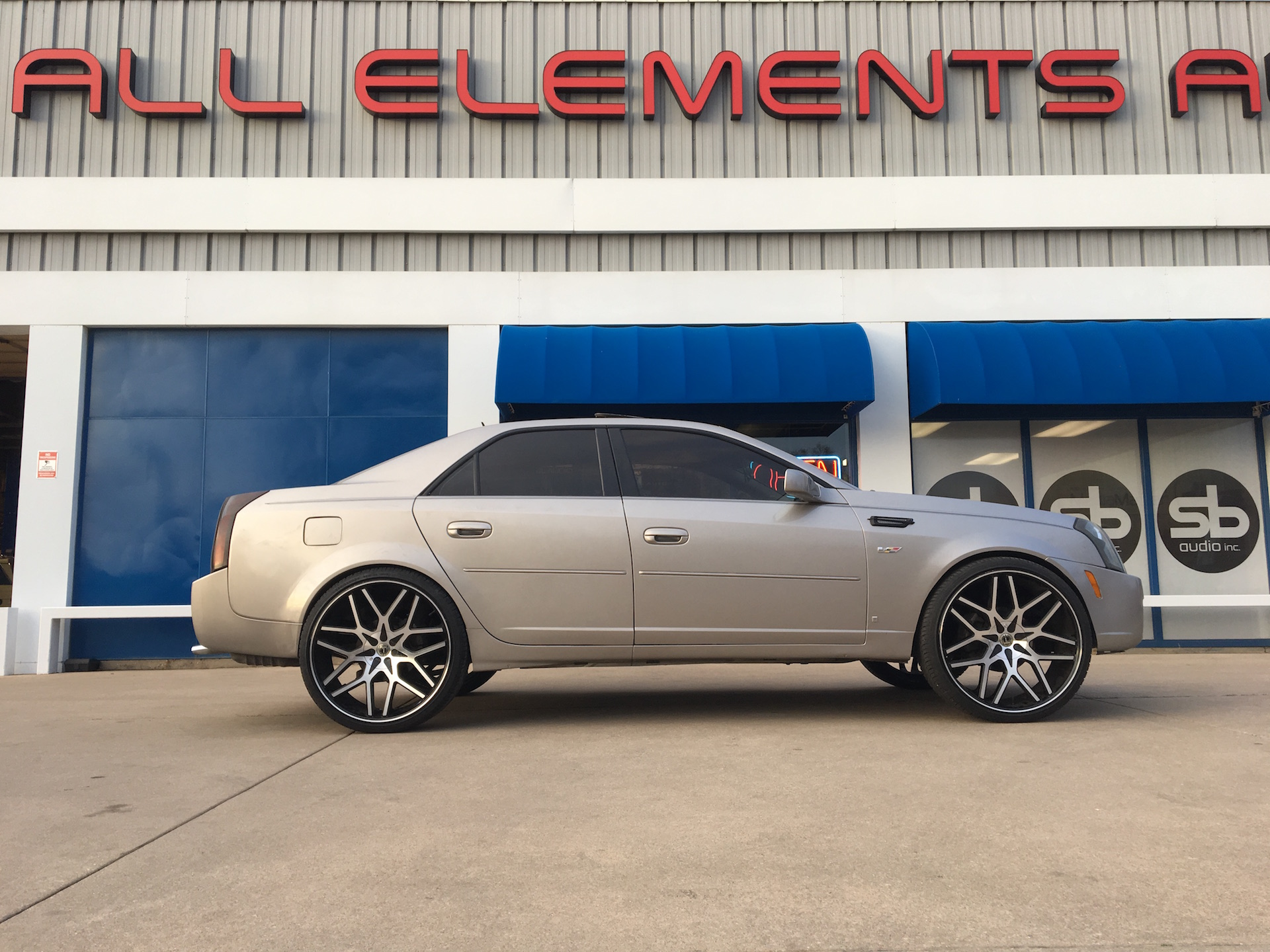 Custom Lift on Cadillac CTS to fit 24 inch wheels