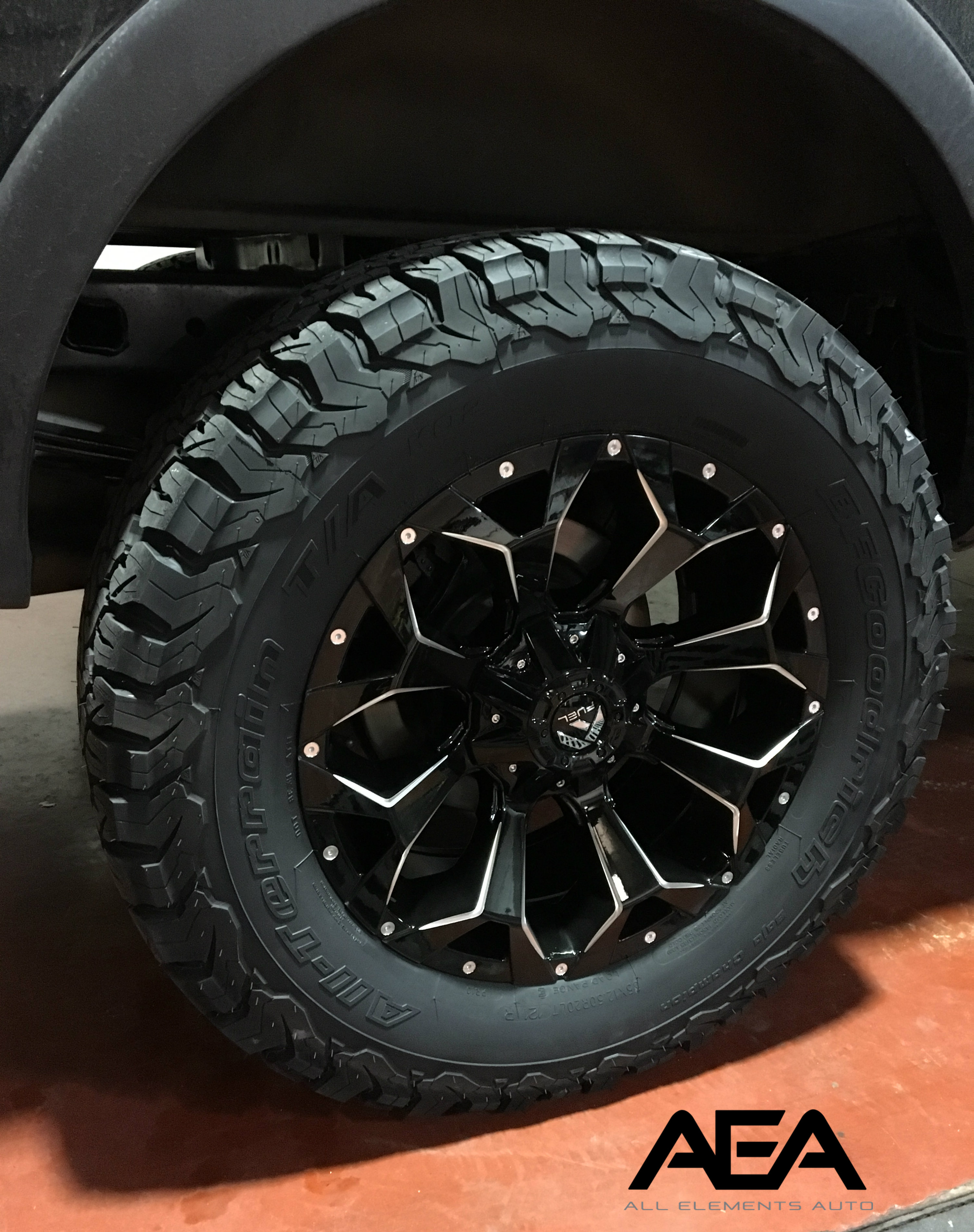 20 inch Fuel Assault Wheel on a 35 inch BFG KO2 Tire