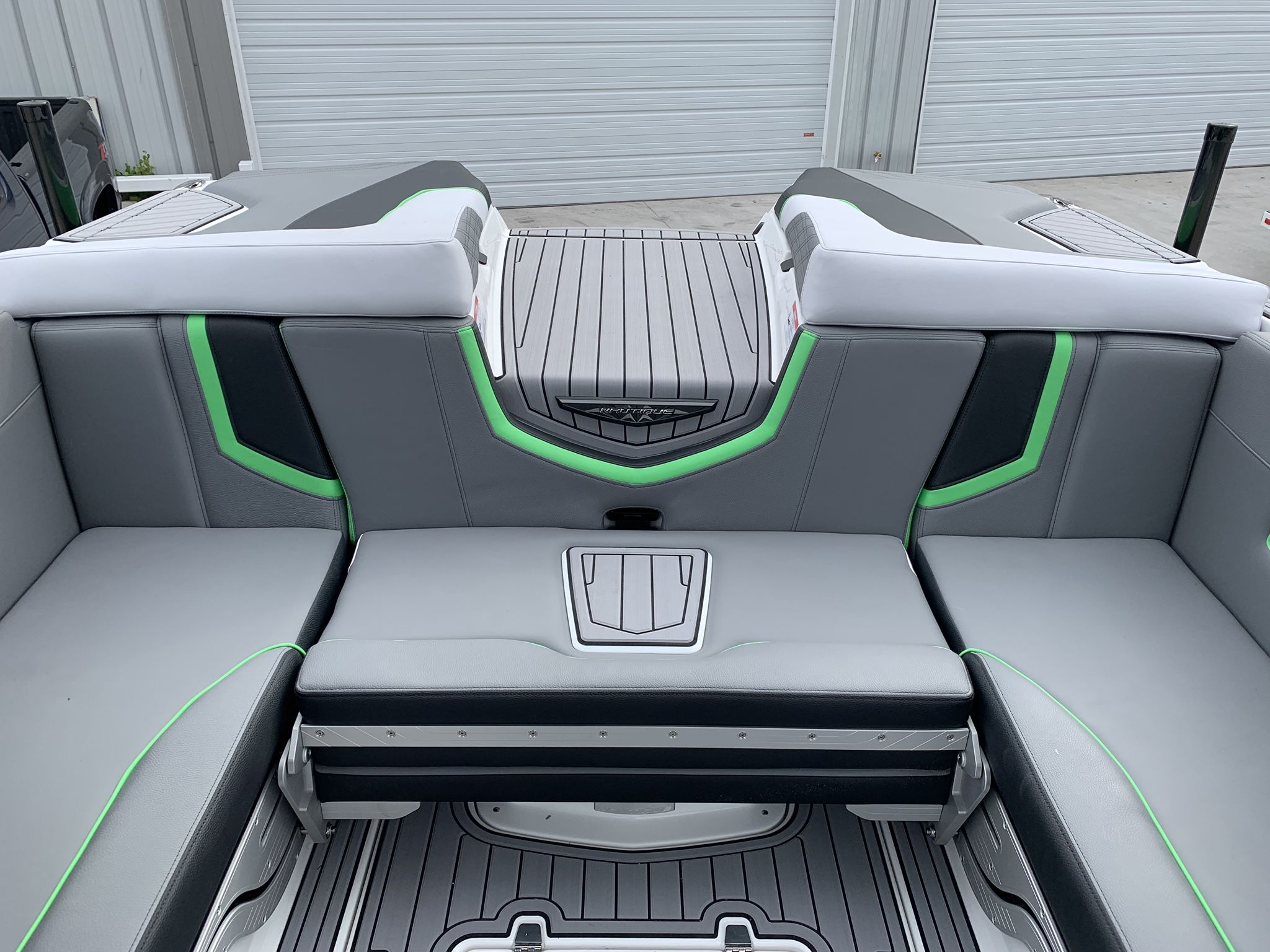 2019 Nautique Green G23 Rear Seats